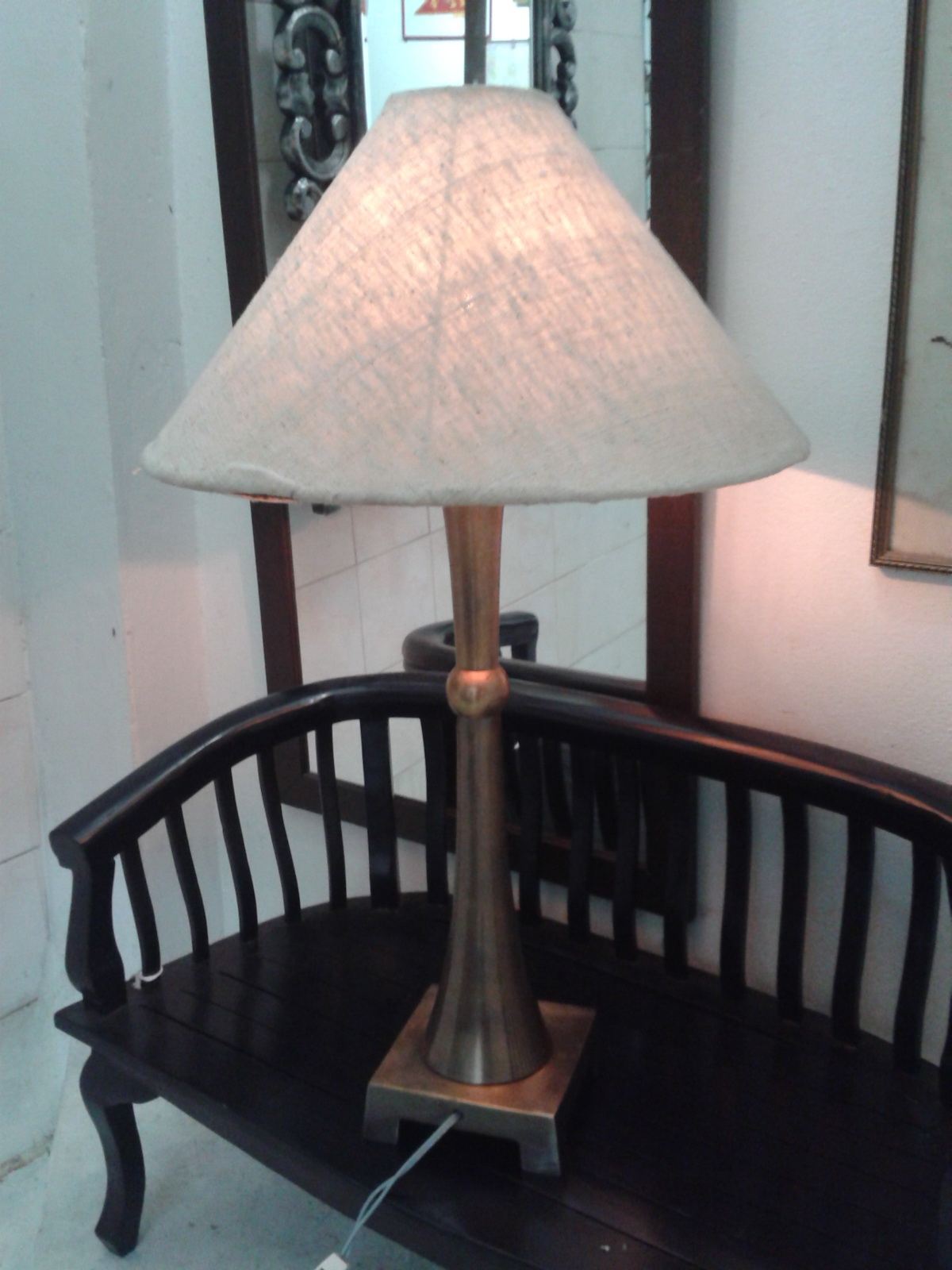 Table Lamp Code TBE001A material :brass