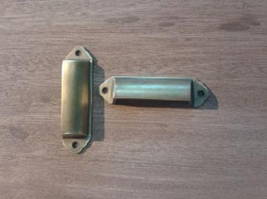 Brass handle code I.050 price/each size L: 90 mm. W: 24 mm.