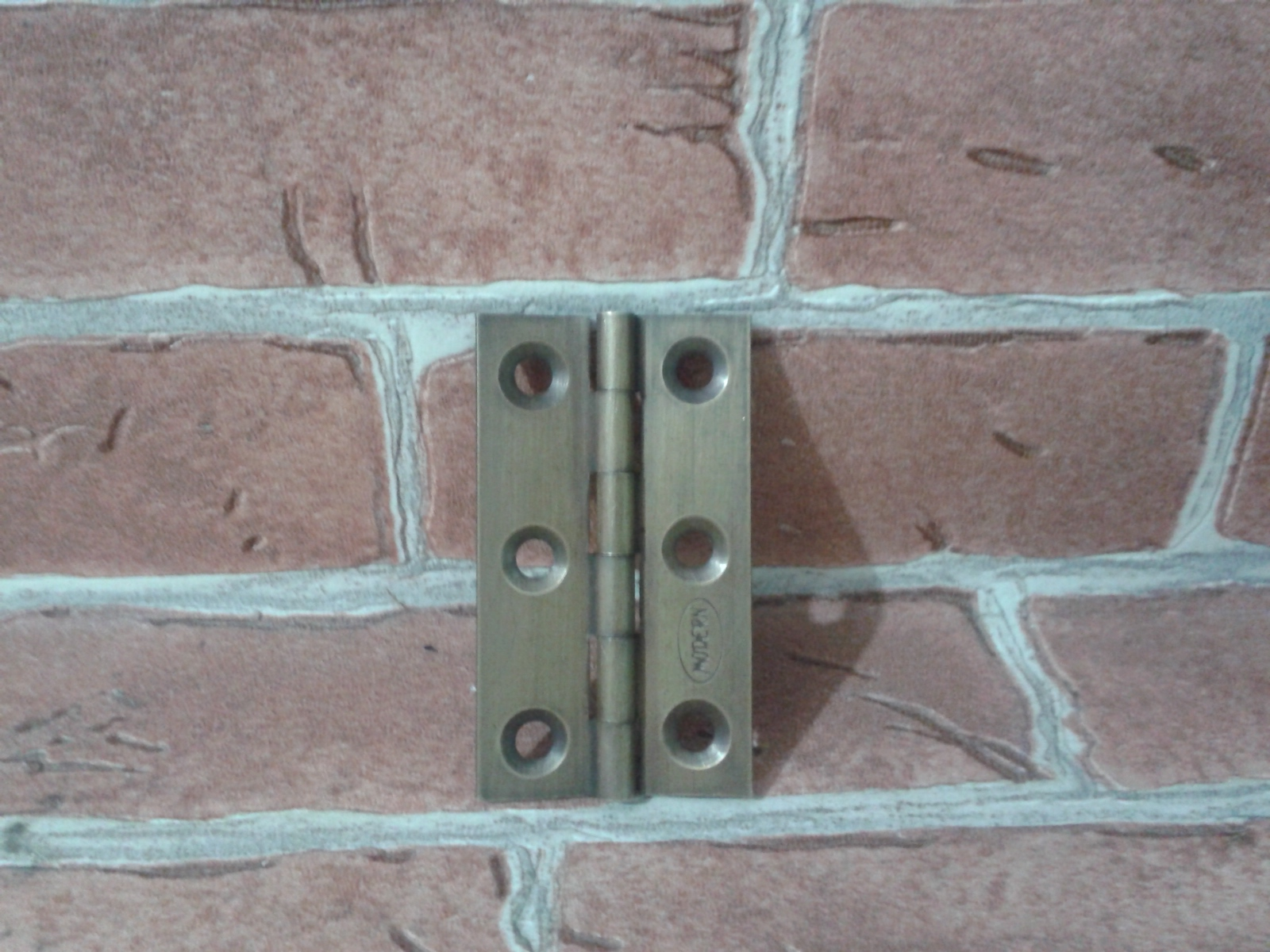 Hinges Code V.007 size L: 50 mm. wide 30 mm.