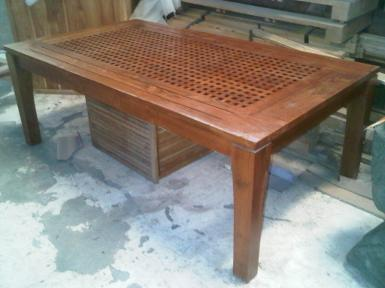 Table teak wood size 1.80m x100cmxh70cm