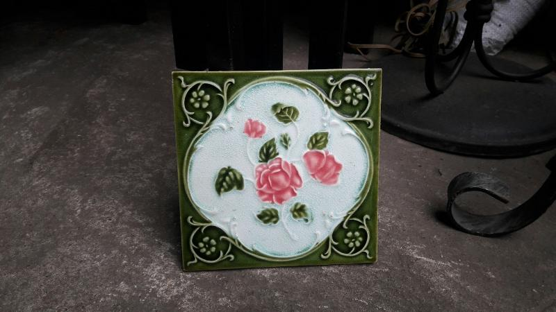 Antique  tile Item Code TLMP18A  size 15 x 15 cm.