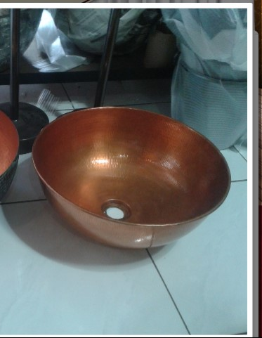 Copper sink Item Code CPS001 size wide 40 cm. high 18.5 cm.
