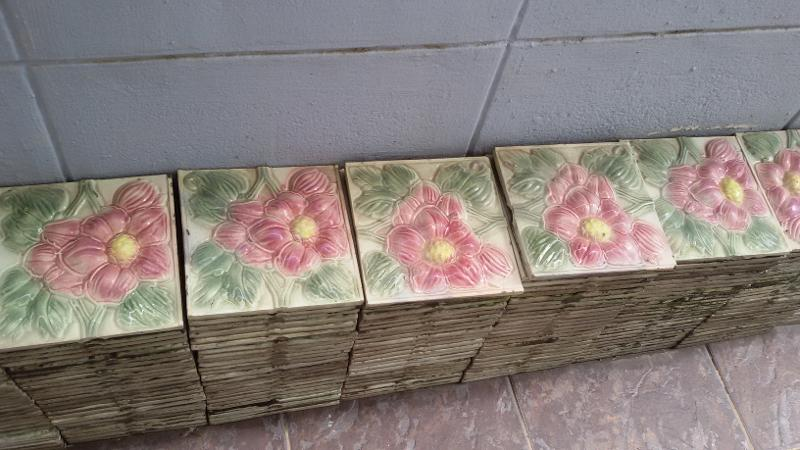 Antique tile Item code ATF 01F Size 15 x 15 cm.