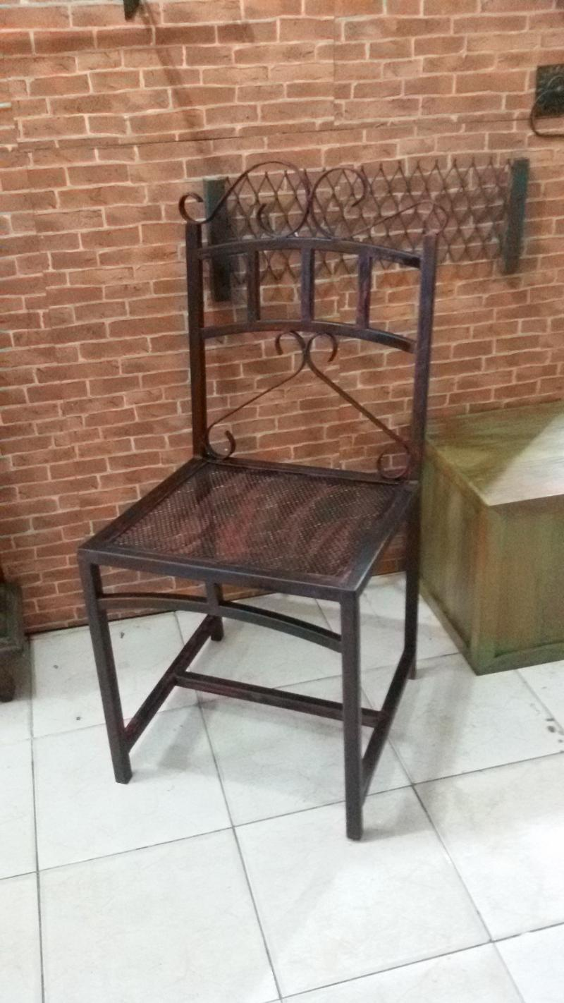 Iron chair Code ICP01A  we make to order and make to design .inquiry to Tel/fax 02 942 1911